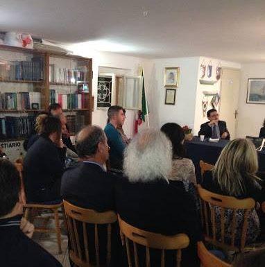 """Carlo Scognamiglio presenta """"I topi nel muro"""""""